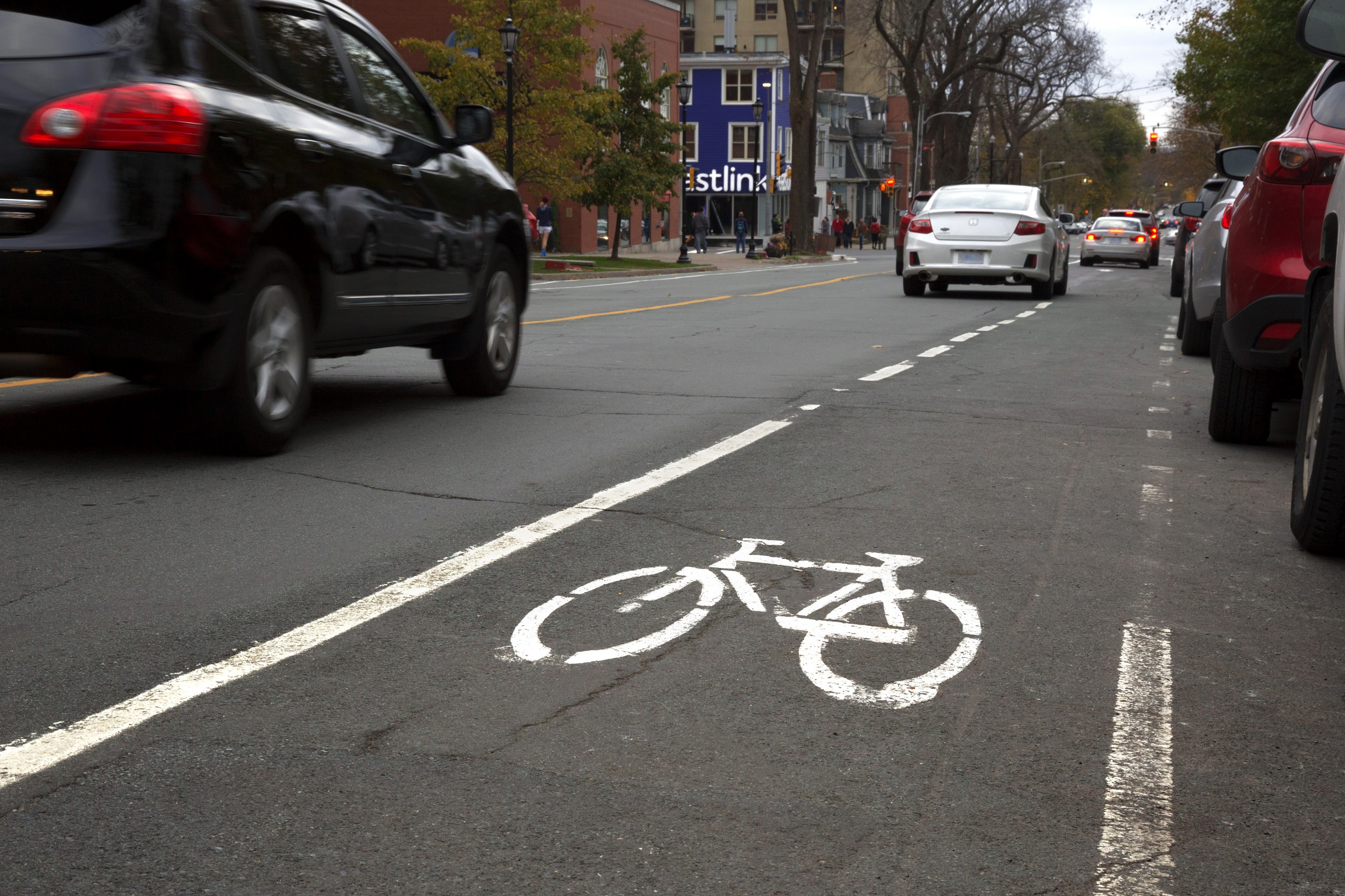 South Park Street with traffic and a newly painted bike lane