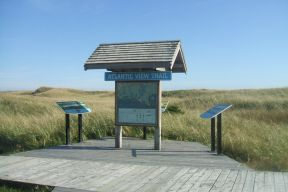 Atlantic View trailhead kiosk