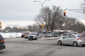 Buses at a traffic light on Robie Street