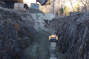 Water main being installed along Fall River Road